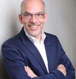 Dr. Jens Keisinger